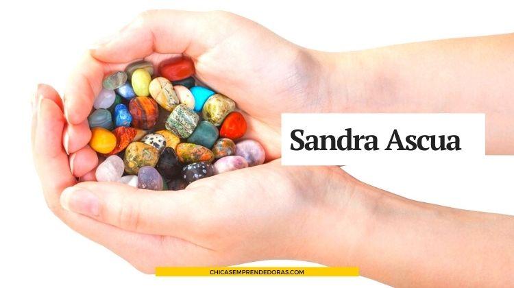 Sandra Ascua: Diseño en Piedras y Metales